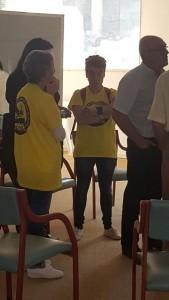 Nuestra delegación en una reunión con los del Cerco de Malpica, Juan Fajardo, Anton Sánchez y Carmen Sánchez Queiruga